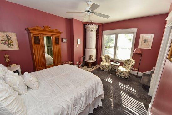 Union Pier, MI: Idylls of An Author Main  Bedroom