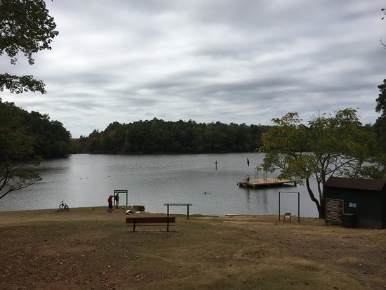 Auburn, AL: Lake with swimming and non motorized boating