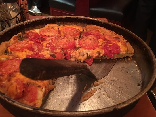 Lou Malnati's Pizzeria: photo1.jpg