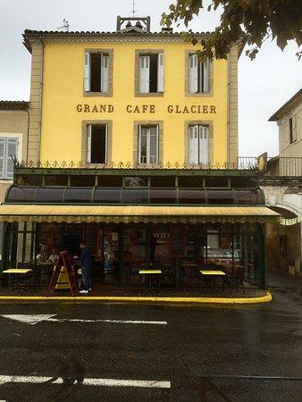 Mirande, فرنسا: Eksteriør