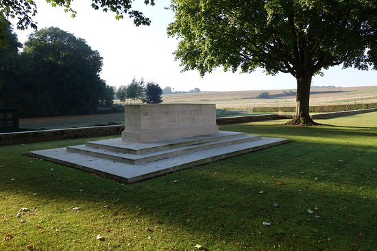 Somme, France : Contay British Cemetry