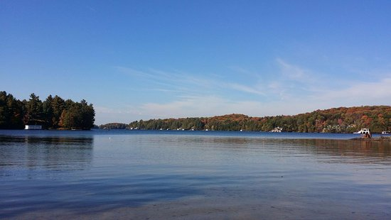 Port Carling, Canada : Lake view