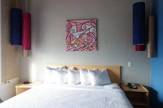 NYLO Dallas South Side: Big comfy bed