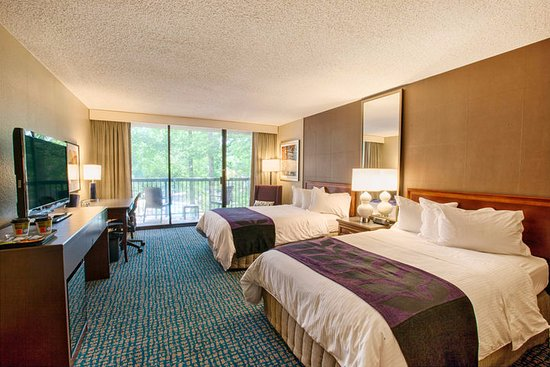 Peachtree City Hotel and Conference Center: Two Double Beds