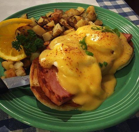 Auburn, Kalifornien: Eggs Benedict
