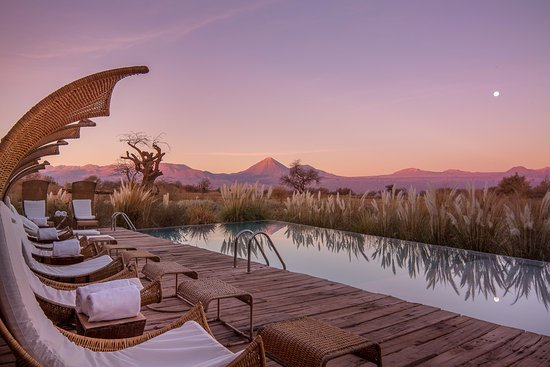 Tierra Atacama Hotel & Spa : Pool area with the best view at Tierra Atacama