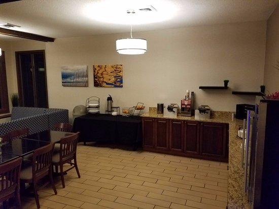 Lee, MA: Breakfast Room