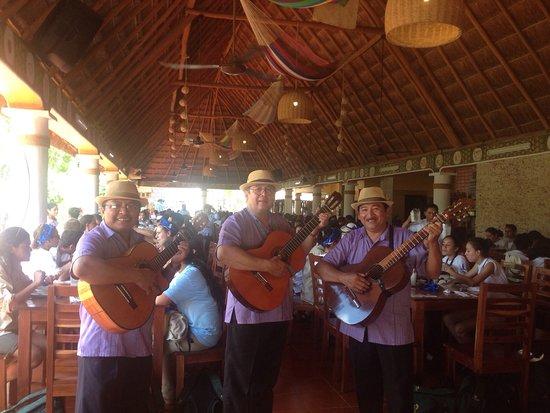 Excelente ambiente yucateco., comida exquisita ., lo mejor de Izamal