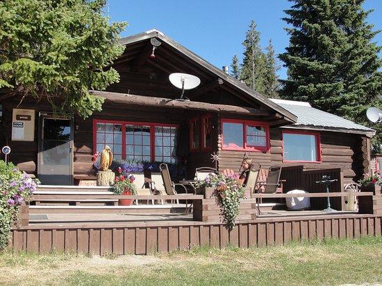 Postill Lake Lodge