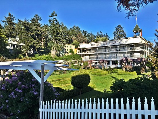 Roche Harbor Resort: The original, historic, Hotel de Haro.