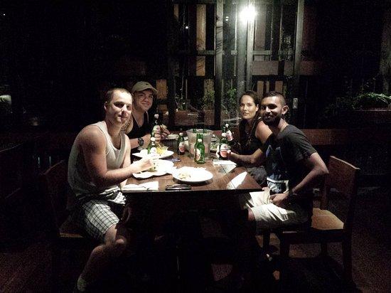 Fontana Hotel Bali: 20160915_214915_large.jpg