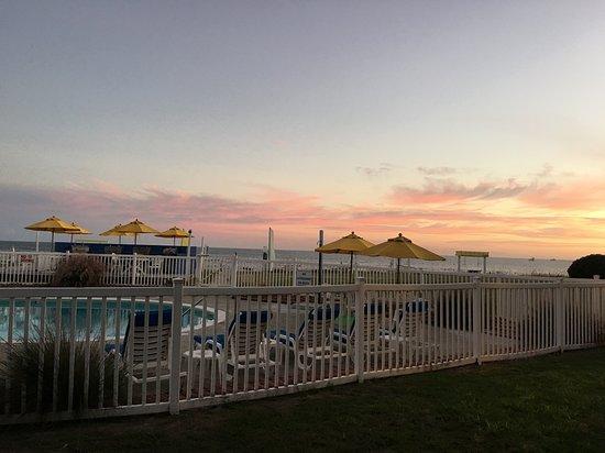 Gambar Seahawk Inn & Villas