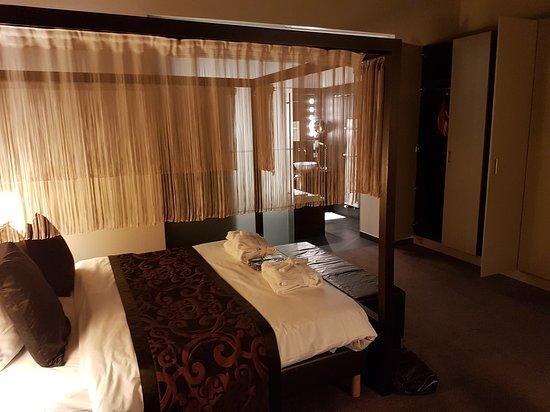 Hotel Harmony: 20161016_201207_large.jpg