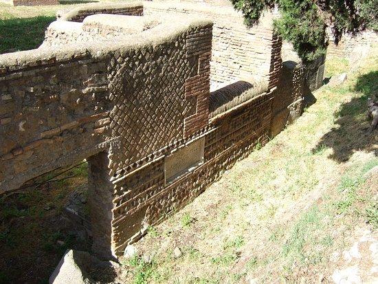 Necropoli della Via Laurentina