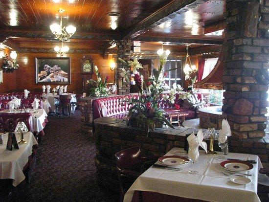 The magic lamp inn: Great warm feeling speaks like :Just Relax:.