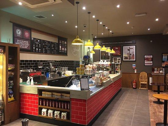 Stowmarket, UK: Costa Coffee