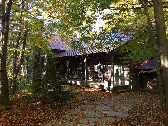 Barnard, VT: Log Cabin