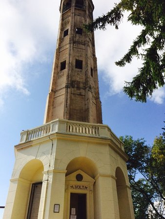 Brunate, Italia: Faro di Volta