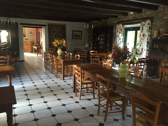 Plouer sur Rance, Frankrijk: Dining room at