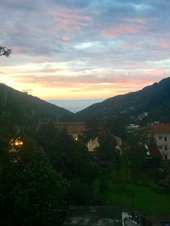 Tramonti, Italia: The sunrise view from my terrace at Villa Citarella!