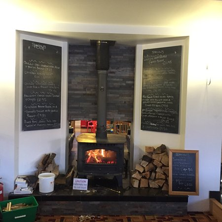 Crocketford, UK: Cosy fire in the bar