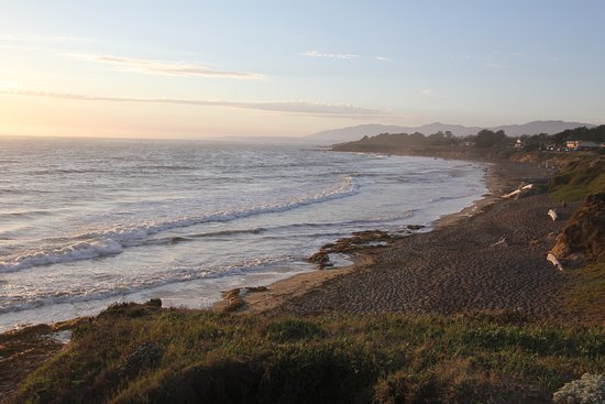 Cambria, CA: Moonstone Beach at Sunset