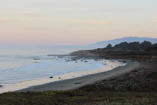 Cambria, CA: Early Morning on Moonstone Beach