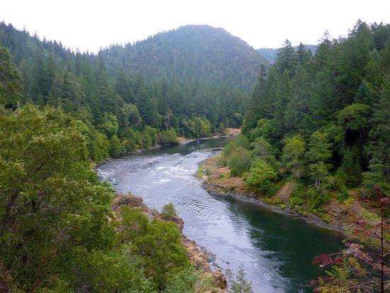 Merlin, ออริกอน: such a beautiful river