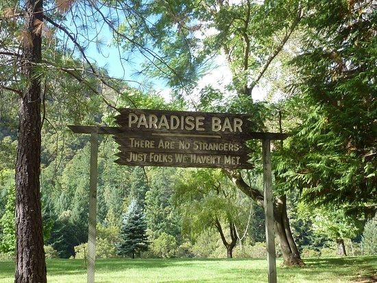 Merlin, Oregón: We spent the last night in Paradise.