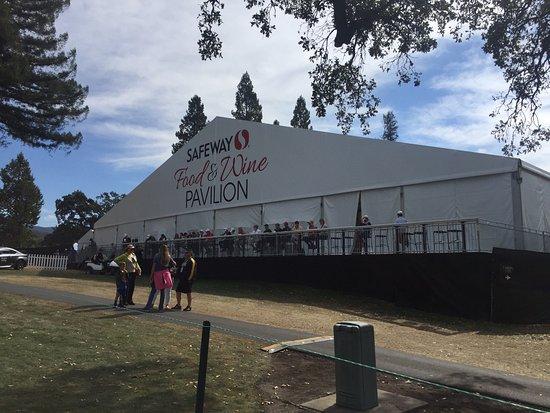 Ramada Vallejo Near Six Flags Discovery Kingdom: photo1.jpg