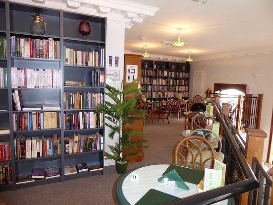 Upton upon Severn, UK: The quiet corner upstairs