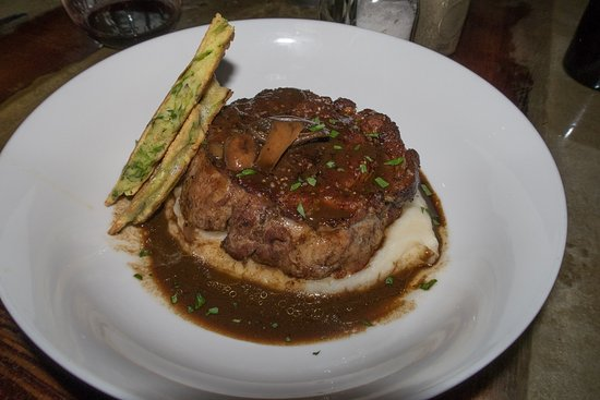 Winchester, KY: Lamb shoulder over mashed potatoes w/asparagus fritter
