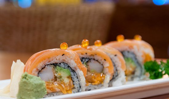 Wasabi Japanese Restaurant and Sushi Bar: A maki roll for all salmon lovers