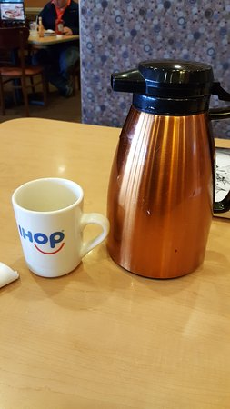 Bridgeport, WV: This is how coffee SHOULD be served!