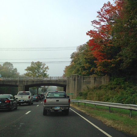 Connecticut: Merritt Parkway - Attractive Overpass (and Morning Traffic)