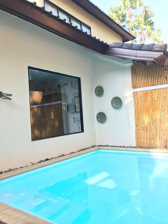 Four On Drupadi: Awesome stay and villa was big for two pax!