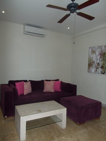 Villa Kresna Boutique Villas: The living room