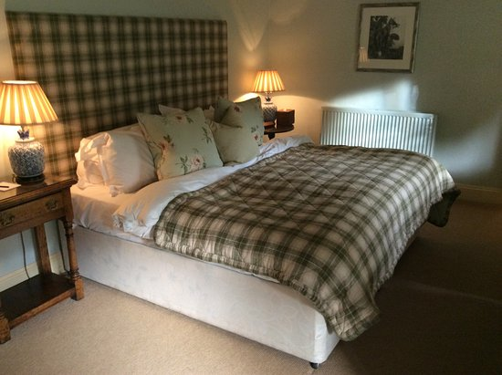 The Lamb Inn: Our bedroom