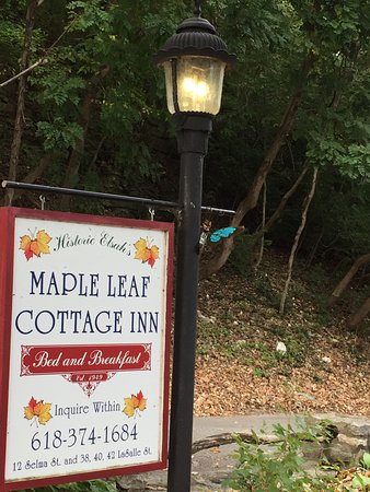 Maple Leaf Cottage Inn Photo