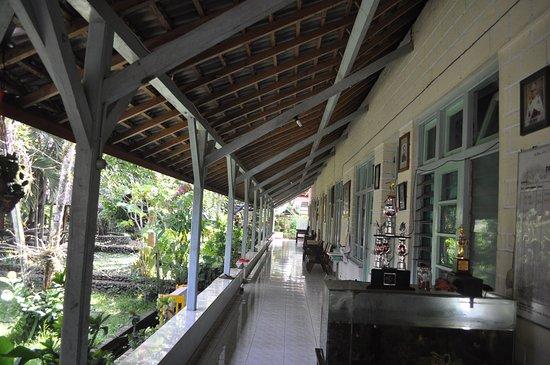 Jembrana, Indonesia: Halaman Dalam Pastoran