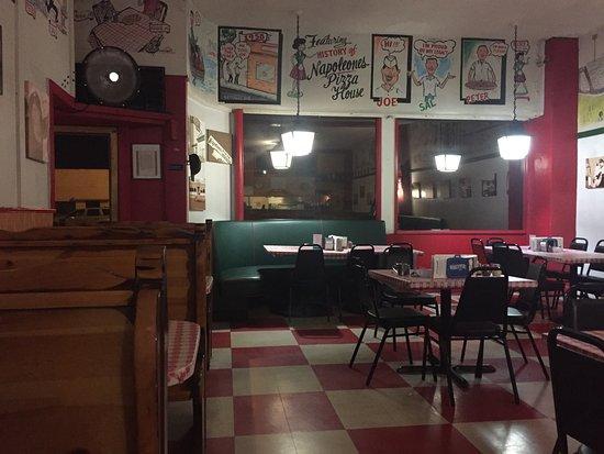 Нашионал-Сити, Калифорния: Napoleone Pizza House