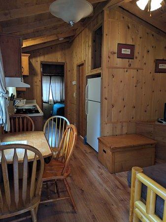 Yosemite Lakes RV Resort: 4-person cabin: Living room, kitchen, futon bed