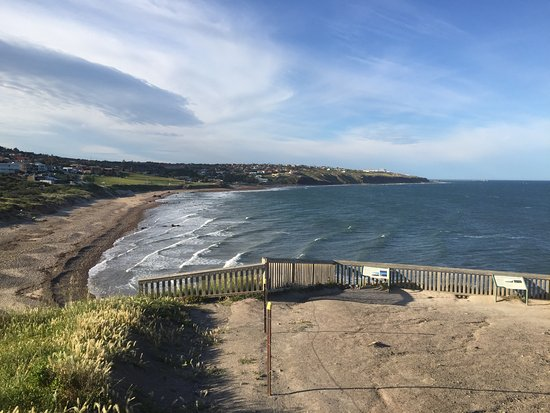 Marion Coastal Walking Trail: Hallett Cove Walking Trail - Looking South