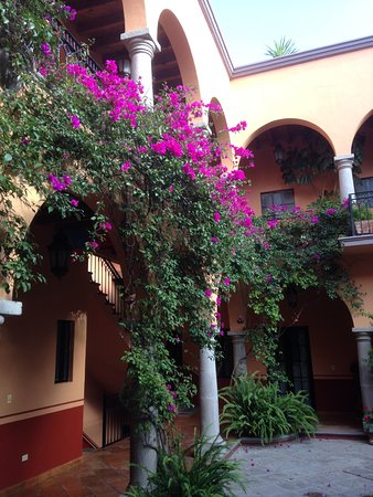 Antigua Capilla Bed and Breakfast Photo