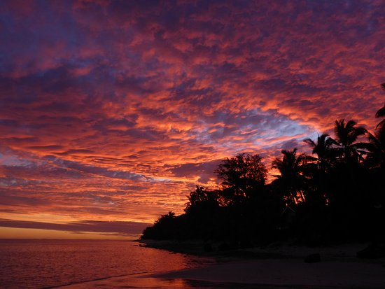 Rapae Bay Restaurant at Pacific Resort Aitutaki: Sunsets to die for