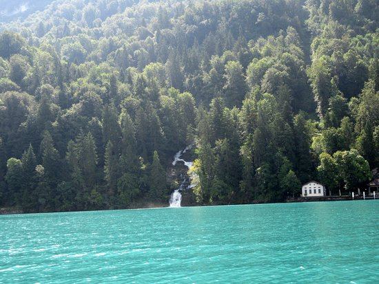 Jet Boat Interlaken: waterfalls!