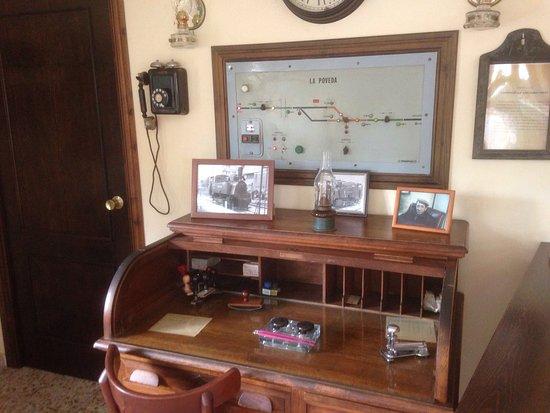 Arganda del Rey, Испания: Representación de la oficina de época dentro de la estación