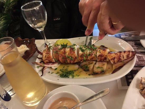 Athinaikon Restaurant: stuffed squid grilled