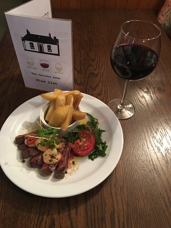 Fife, UK : Surf and turf night