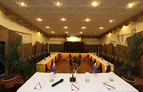 Arif Castles Hotel